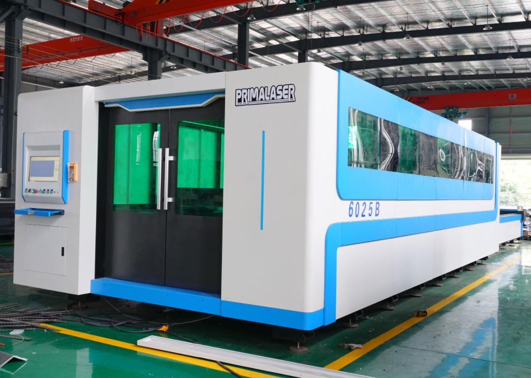 laser cutting machine bigger worktable available